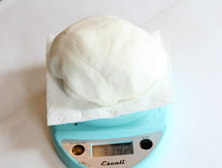 weighing fondant