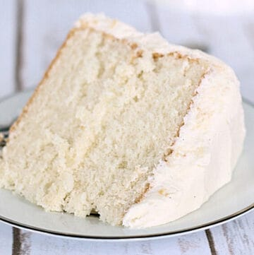 easy sour cream cake featured image