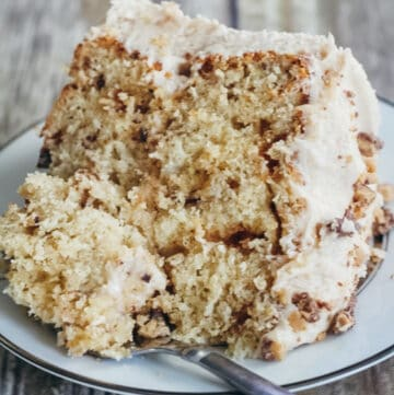 banana toffee cake featured image