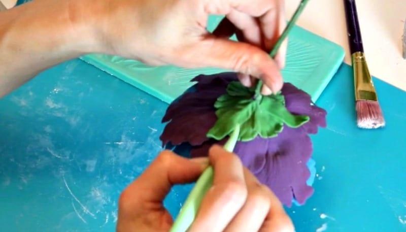 Adjusting the gumpaste peony leaves