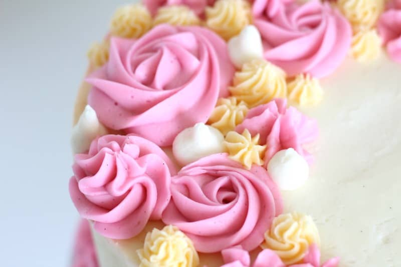 buttercream rosettes on cake