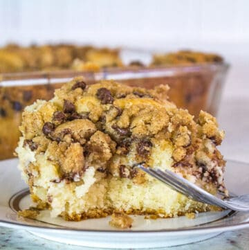 cannoli crumb cake featured image