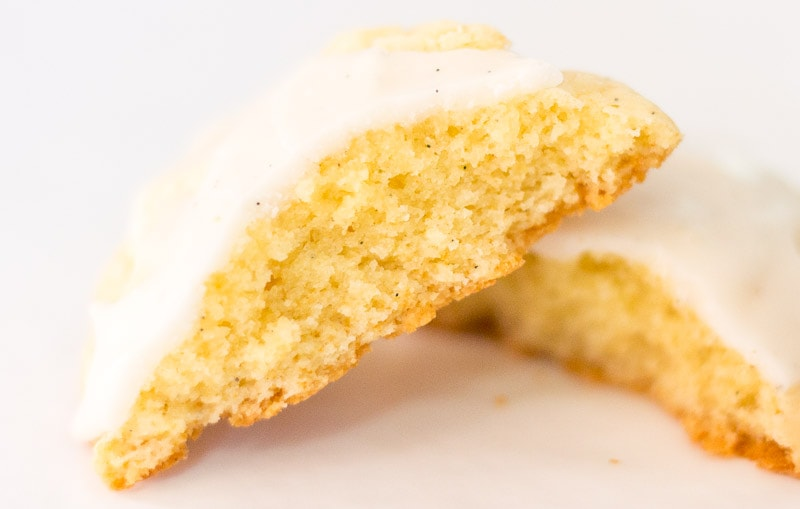 inside view of the pound cake cookie