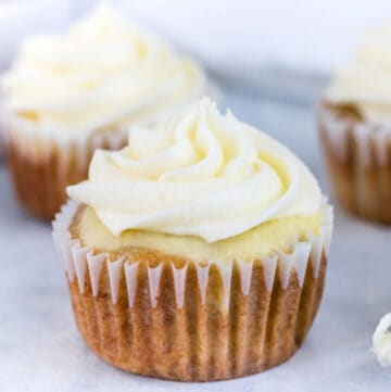 hummingbird cake cupcakes featured image