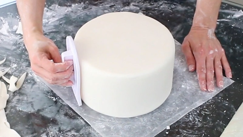 Smooth fondant with smoother