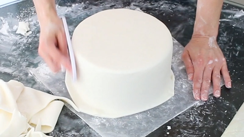 Smooth fondant with smoothers