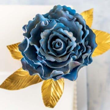 ruffled gumpaste rose featured image