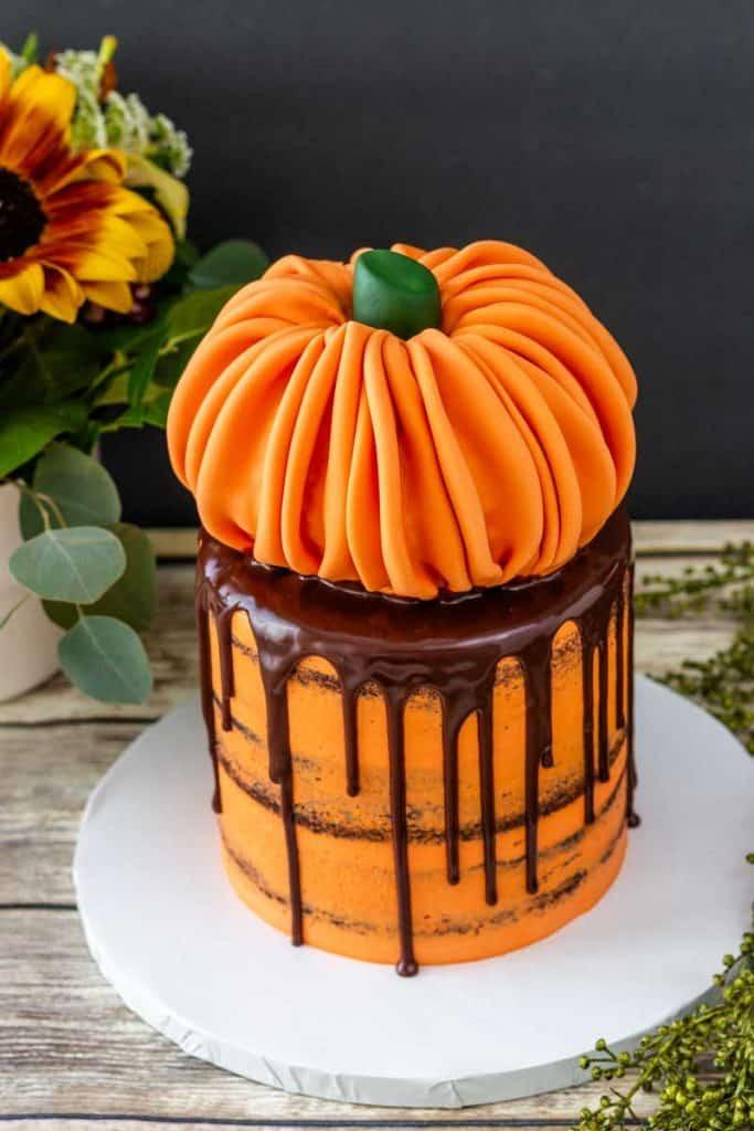 Rice Krispie Treat Pumpkin Cake Topper