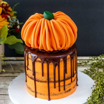 pumpkin cake featured image
