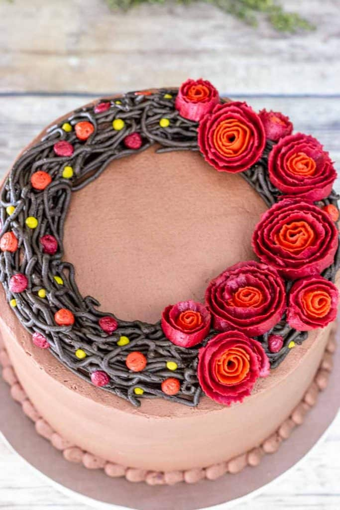 top view of buttercream wreath cake