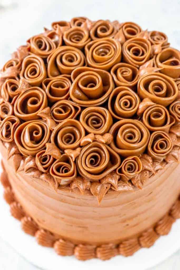 Tootsie Roll Ribbon Rose Cake Tutorial