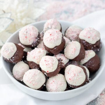peppermint bark balls featured image