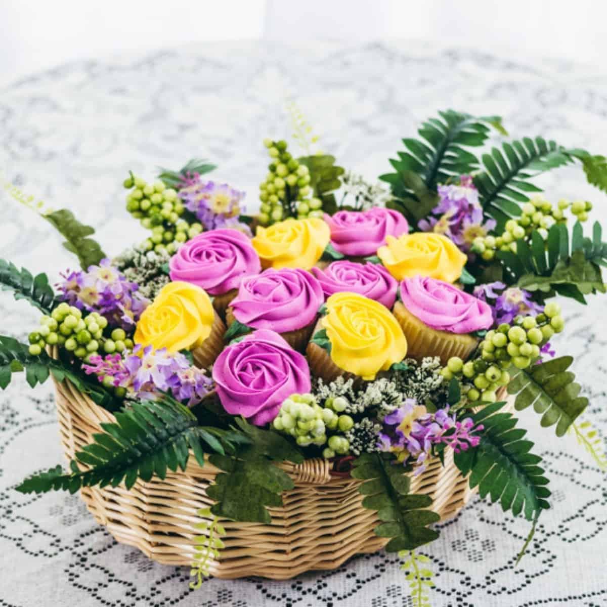 Diy Cupcake Bouquet In A Basket I Scream For Buttercream