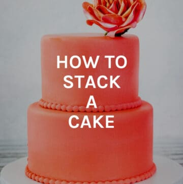 how to stack a cake featured image