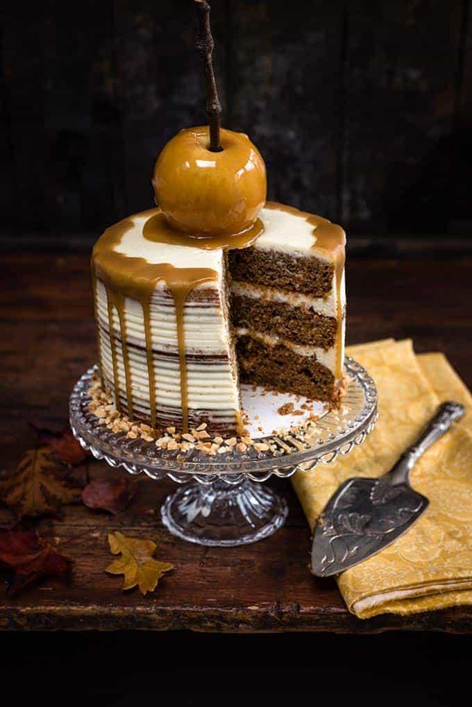 Apple Cake with mascarpone frosting