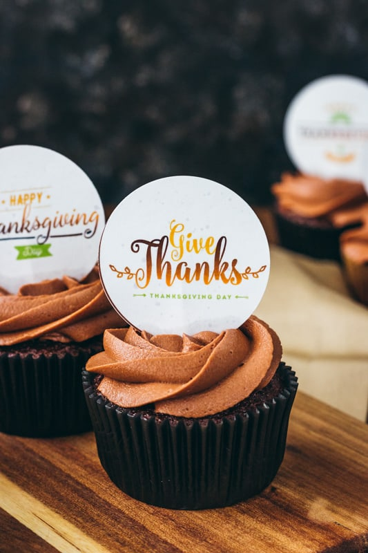 Give Thanks printable cupcake topper