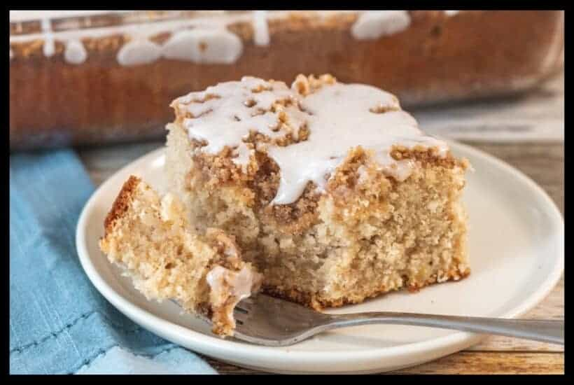 apple streusel cake featured image