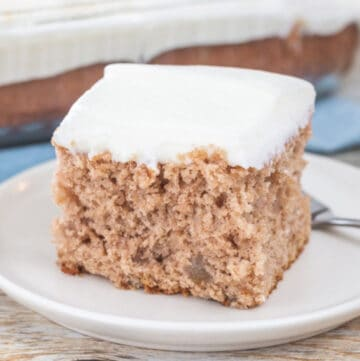 4 easy apple spice cake featured image