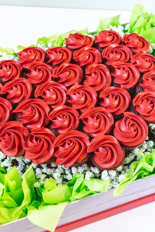 red cupcakes in a heart shape bouquet